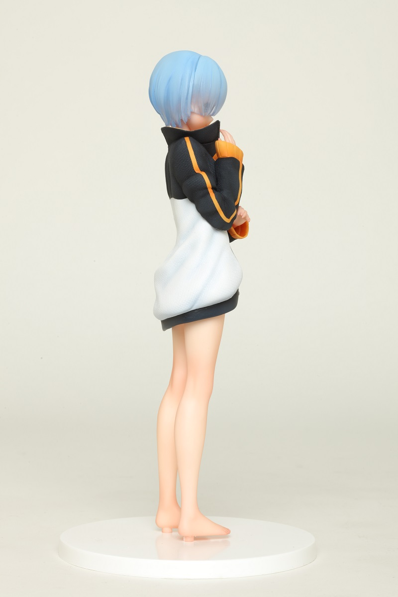 Rem Subaru's Jersey Ver Re:ZERO Prize Figure