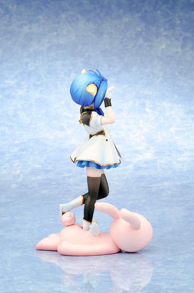 Mint Blancmanche Galaxy Angel Figure