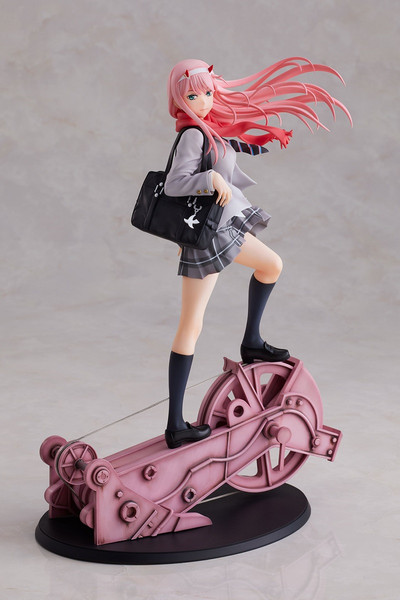 Zero Two School Uniform Ver DARLING in the FRANXX Figure