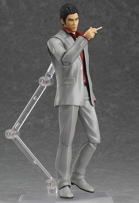 Kazuma Kiryu Yakuza Figma Figure