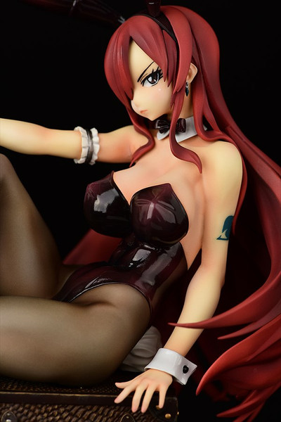 Erza Scarlet Bunny Girl Ver Fairy Tail Figure