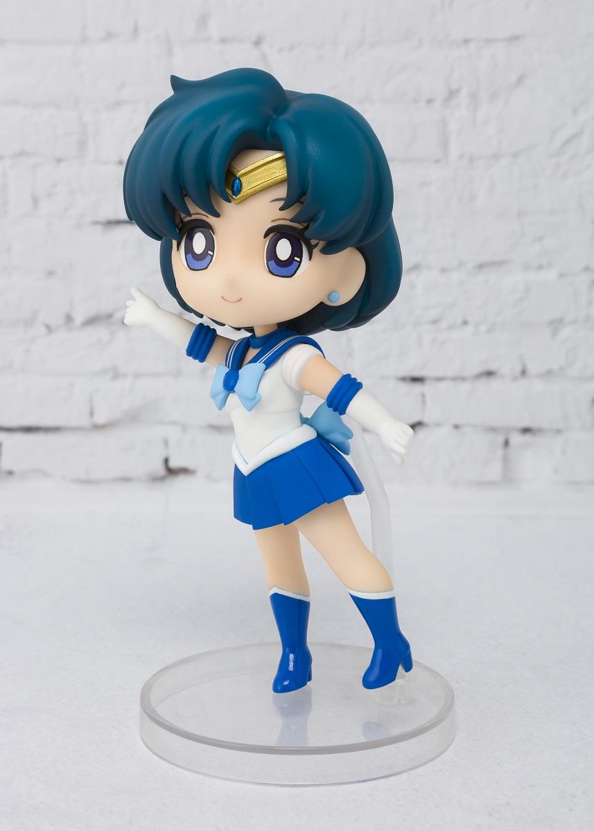 Sailor Mercury Sailor Moon Figuarts Mini Figure