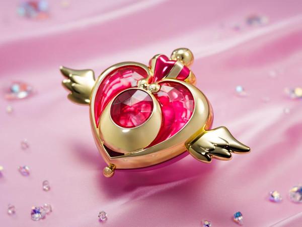 Crisis Moon Compact Pretty Guardian Sailor Moon Eternal The Movie Proplica