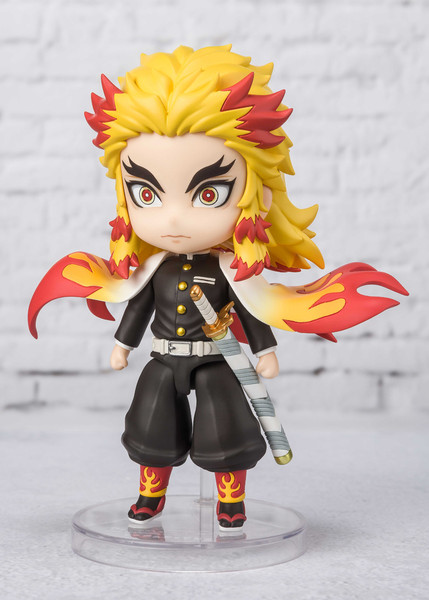 Kyojuro Rengoku Demon Slayer Figuarts Mini Figure