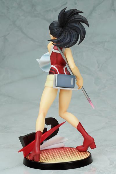 Momo Yaoyorozu (Re-run) Hero Suit Ver My Hero Academia Figure