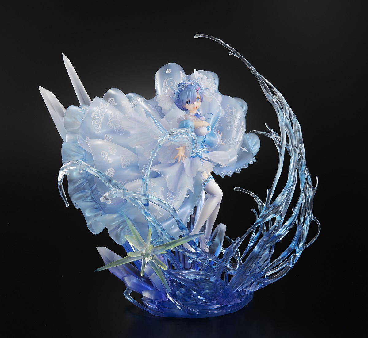 Rem Crystal Dress Ver Re:ZERO Figure