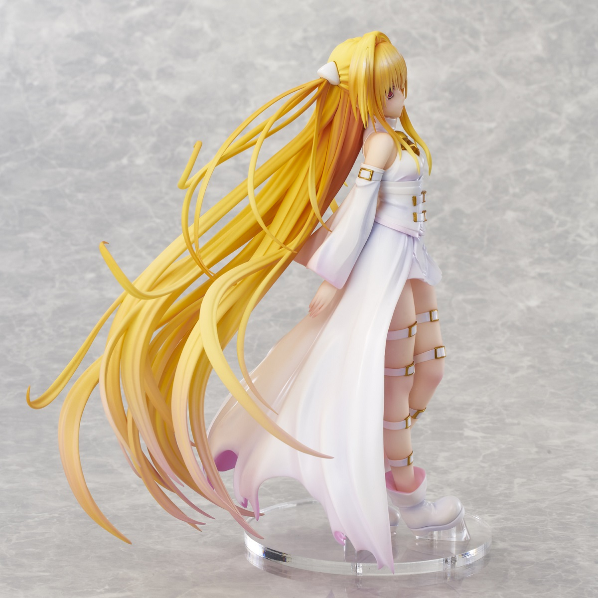 Golden Darkness White Translucent Ver To Love Ru Figure