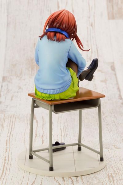 Miku Nakano The Quintessential Quintuplets Figure
