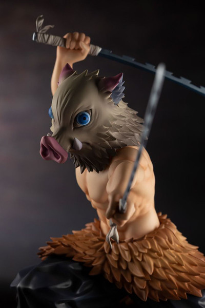 Inosuke Hashibira Demon Slayer ARTFX J Figure