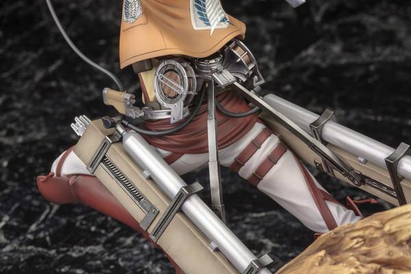 Eren Yeager Renewal Package Ver Attack on Titan ARTFX J Figure