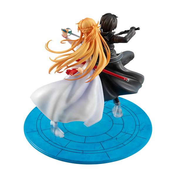 Kirito & Asuna 10th Anniversary Lucrea Edition Sword Art Online Figure