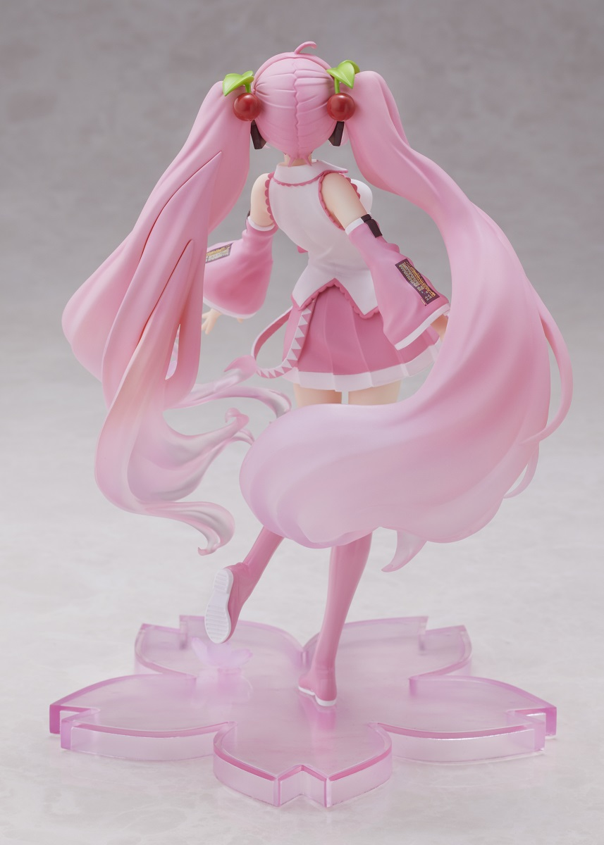 Hatsune Miku Cherry Blossom Ver Vocaloid Figure